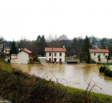 Se prémunir des inondations de l'Yzeron : réunion publique, lundi 7 mars 2016 à Francheville